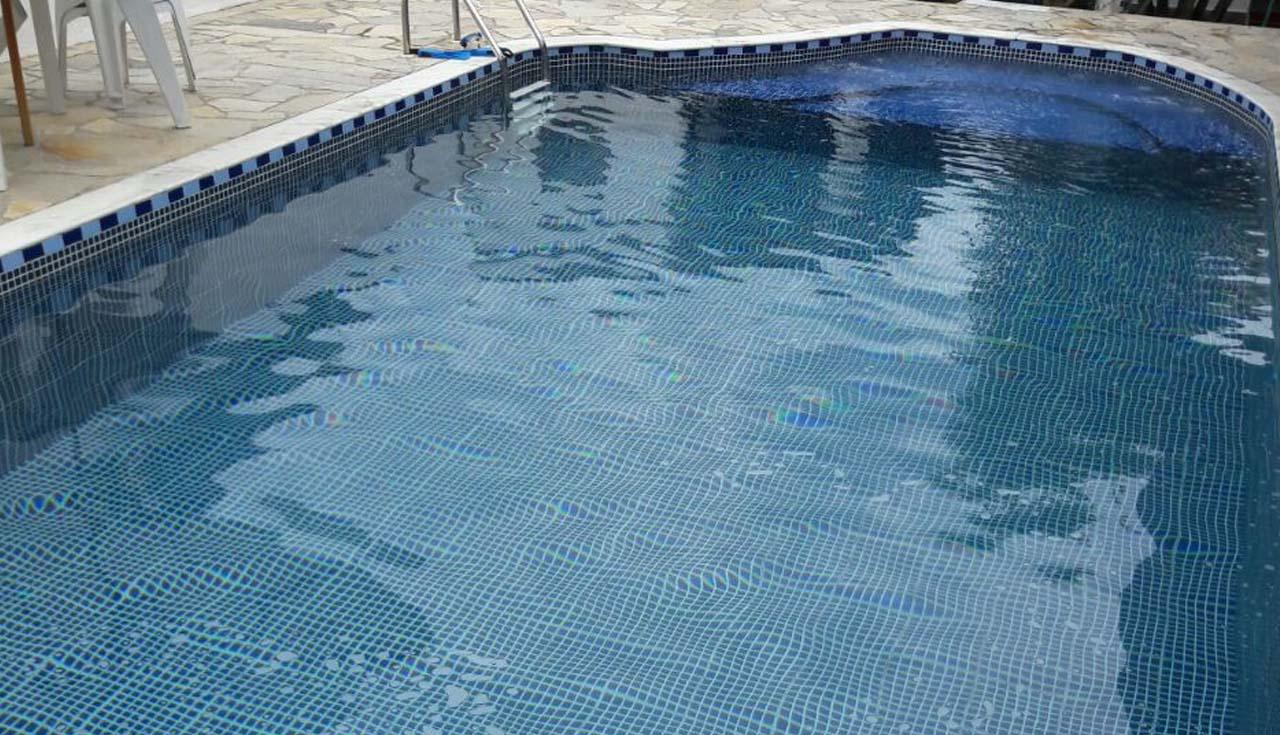 Bella piscina constru o e manuten o for Piscina de vinil e boa